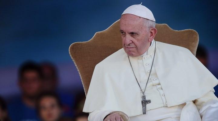 Vatikan'dan tepki çeken karar: Katolik Kilisesi eşcinsel birliktelikleri kutsayamaz